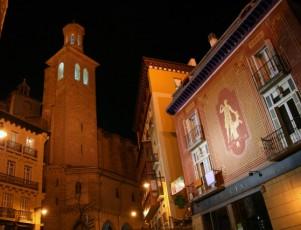 Viaje en moto por Pamplona (Turismo de Navarra)