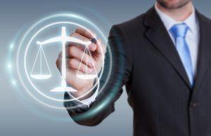 Balanza leyes. Reglamento de Protección de Datos (RGPD)